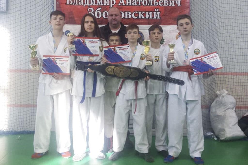 Спортивный обзор: победы находкинцев в соревнованиях по боевым искусствам